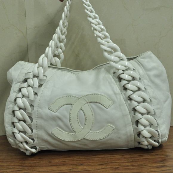 01572a9a7262 CHANEL Handbags - CHANEL luxury line Plastic chain Shoulder Tote Bag